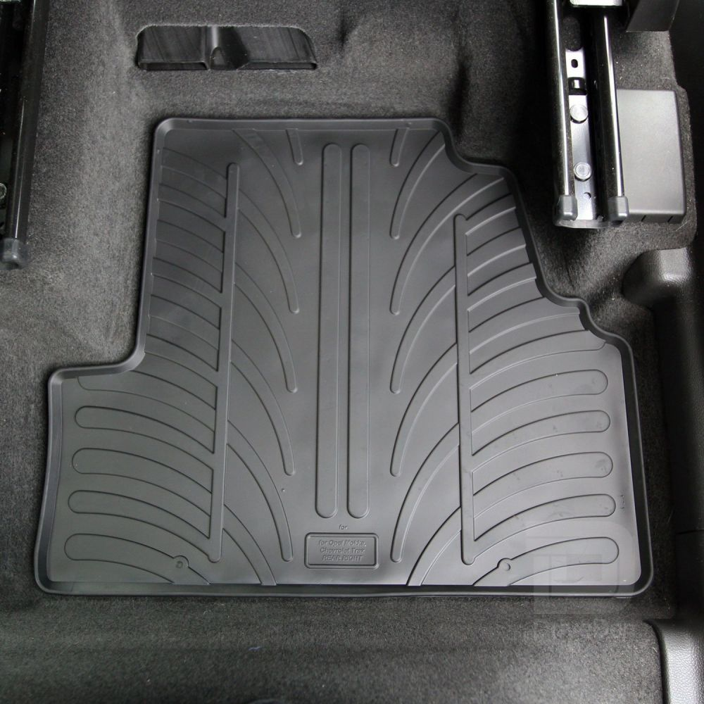 Tailored Black Rubber 5 Piece Floor Mat Set to fit Peugeot Partner Tepee 2008 - 2018