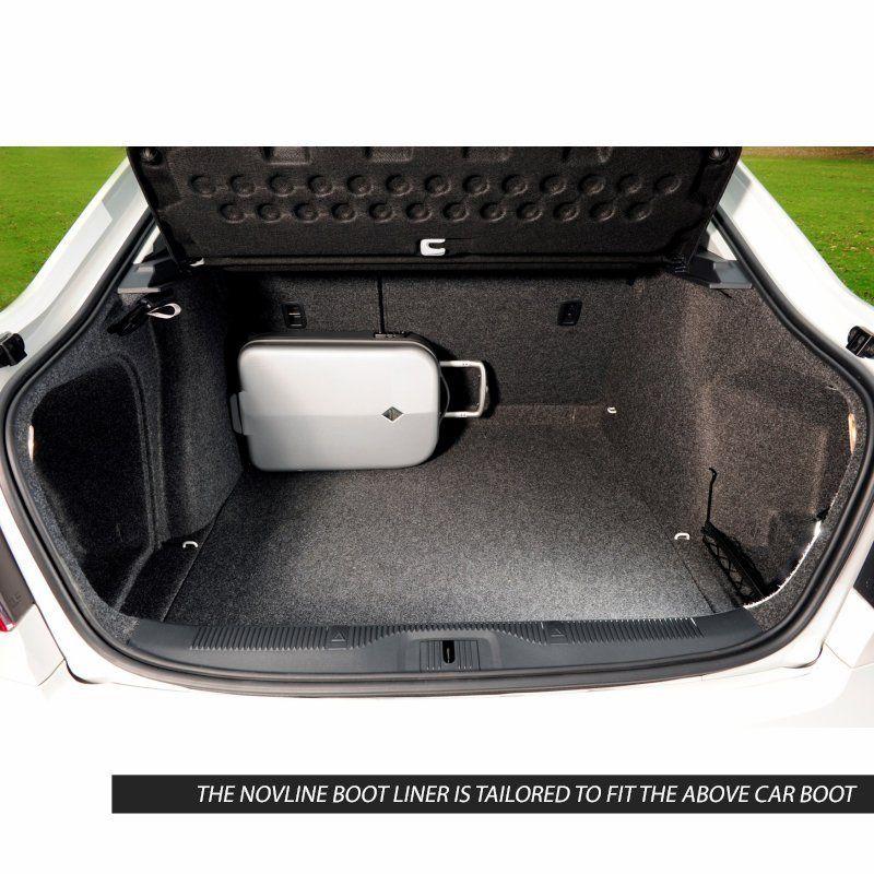 Tailored Black Boot Liner to fit Skoda Octavia Mk.2 Hatchback 2008 - 2013